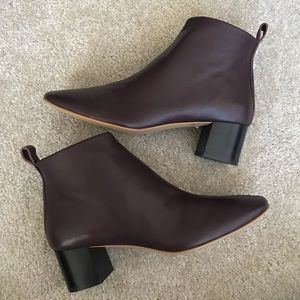 Everlane The Day Boot in Burgundy